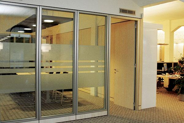 Gypsum Partitions With Glass : Gypsum board partition